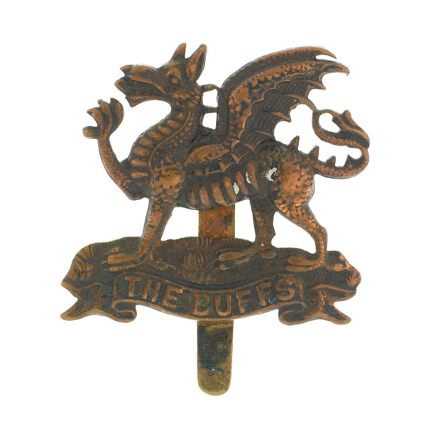 Cap badge belonging to Corporal William Cotter VC, 6th (S) Battalion, The Buffs (East Kent Regiment), c1916