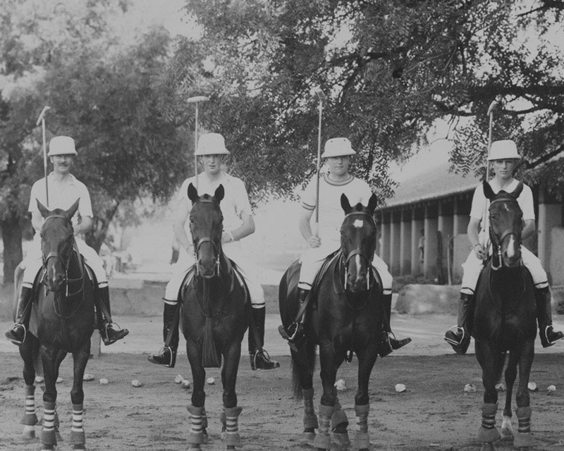 Watch the army playing polo in Jaipur in 1935