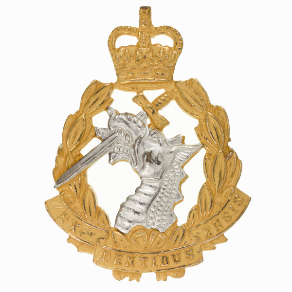 Officers' cap badge, Royal Army Dental Corps, 1965