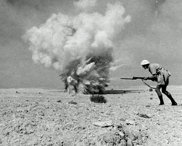 British infantry advancing at El Alamein, 1942