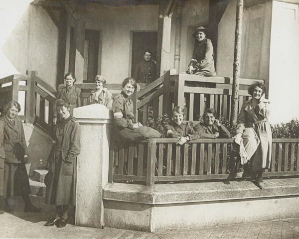 Members of the WAAC outside their hostel, 1917