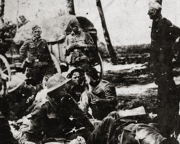 British prisoners in France, 1940