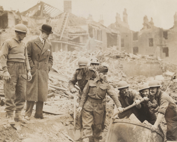 Army Pioneers clearing bomb-damage, London, 1940