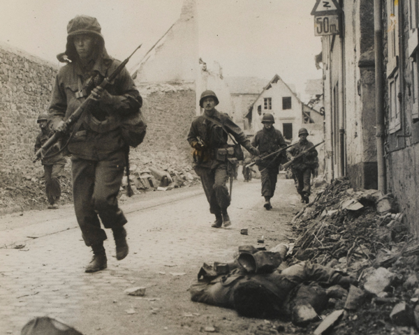 Troops from the US 3rd Army advance into Koblenz, March 1945