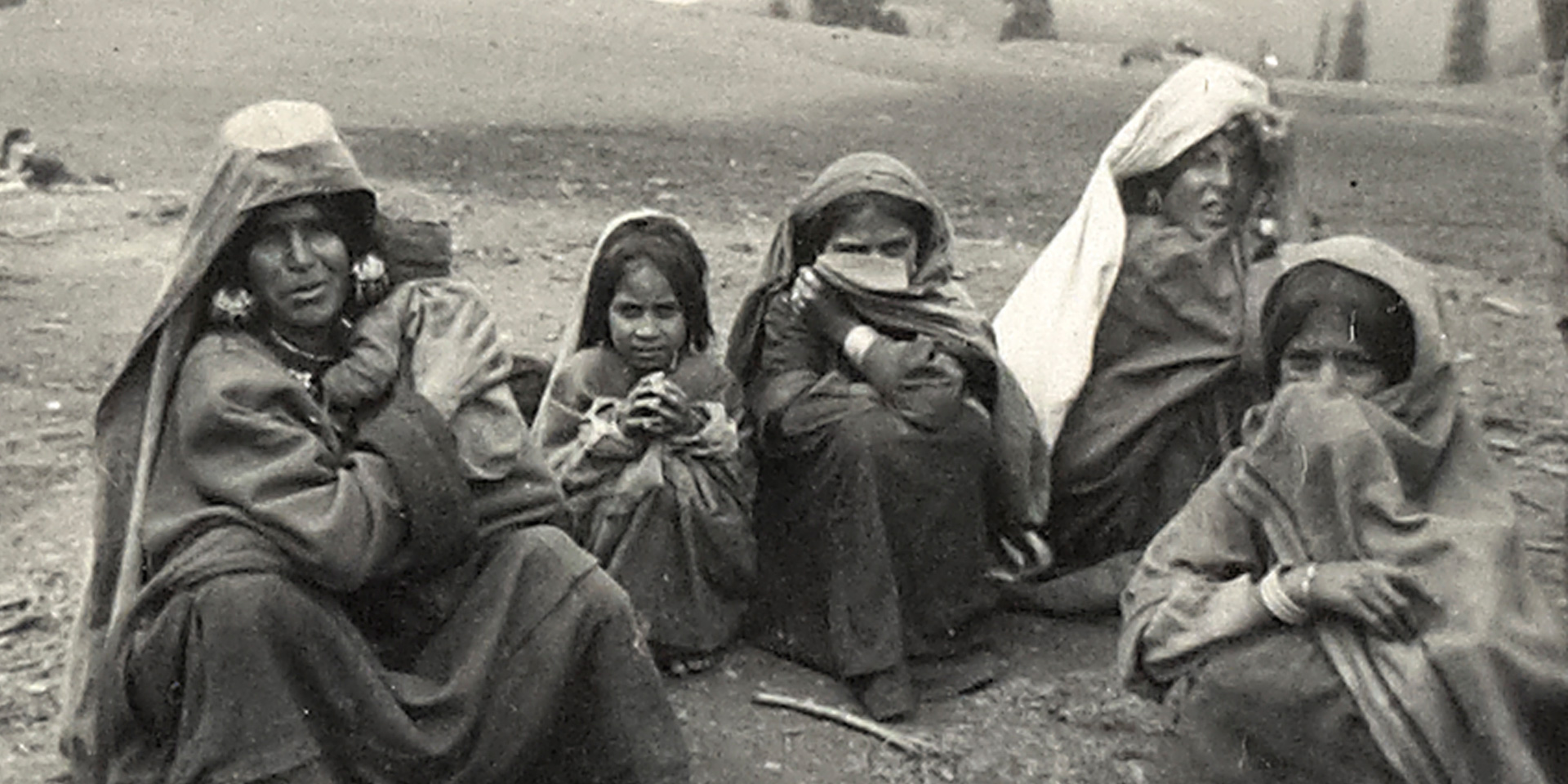 Kashmiri women and children, c1947