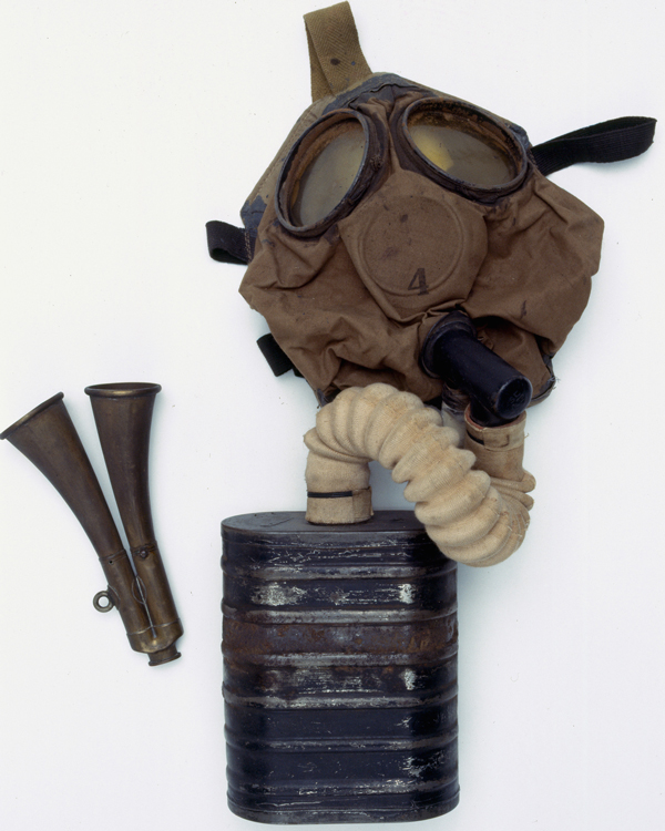 Small box filter respirator and gas alarm, 1916