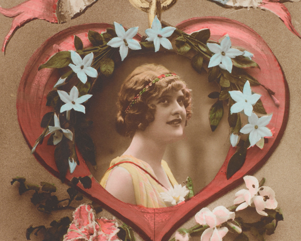 One of Private Holly Chrismas's many romantic postcards sent to Ada in 1916