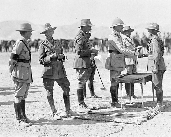 Presentation of medals to the ANZAC Mounted Division by General Sir Edmund Allenby (third right) and Major General Harry Chauvel, Commander of the Desert Mounted Corps (second left), 1918