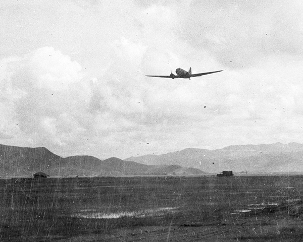 A C47 Dakota dropping supplies at Palel, 1944