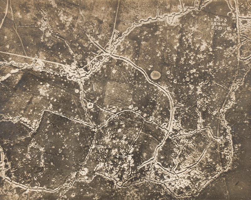 Aerial view of the front, 25 August 1916.