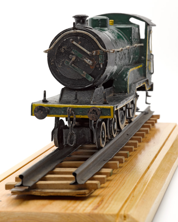 Model of a London and North Eastern Railway engine, c1943 (front)