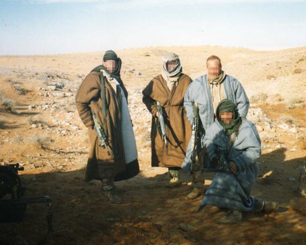 SAS troops wearing hand-made coats, Iraq, 1991