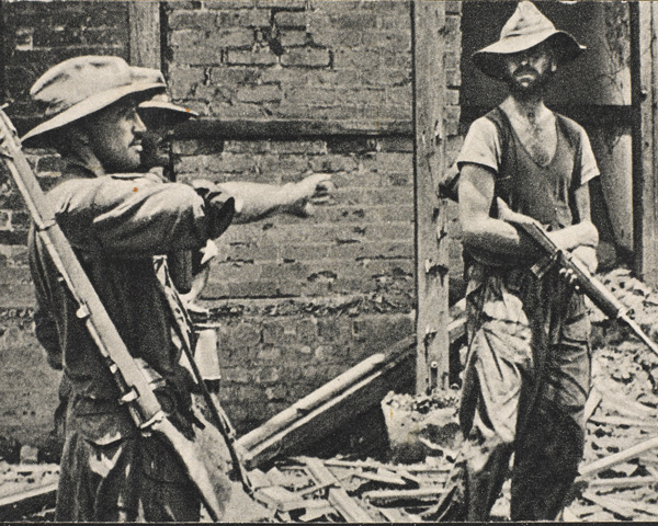 Brigadier Mike Calvert giving orders during the Chindit's capture of Mogaung in north Burma, June 1944