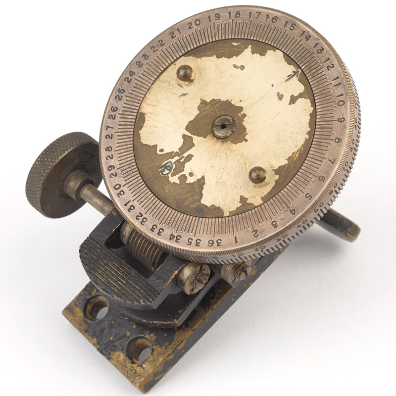 Bagnold sun compass used by the LRDG's Indian Squadron, c1942