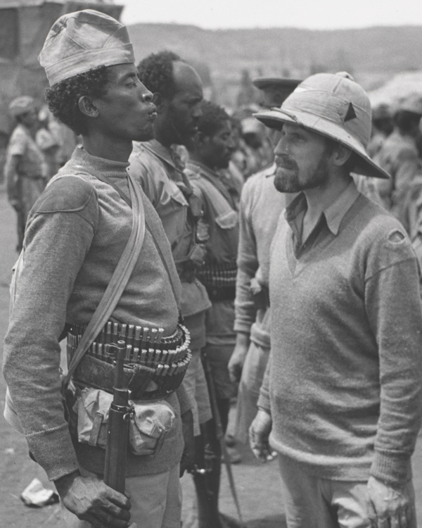 Major Orde Wingate inspects an Ethiopian soldier in Dambacha, March 1941
