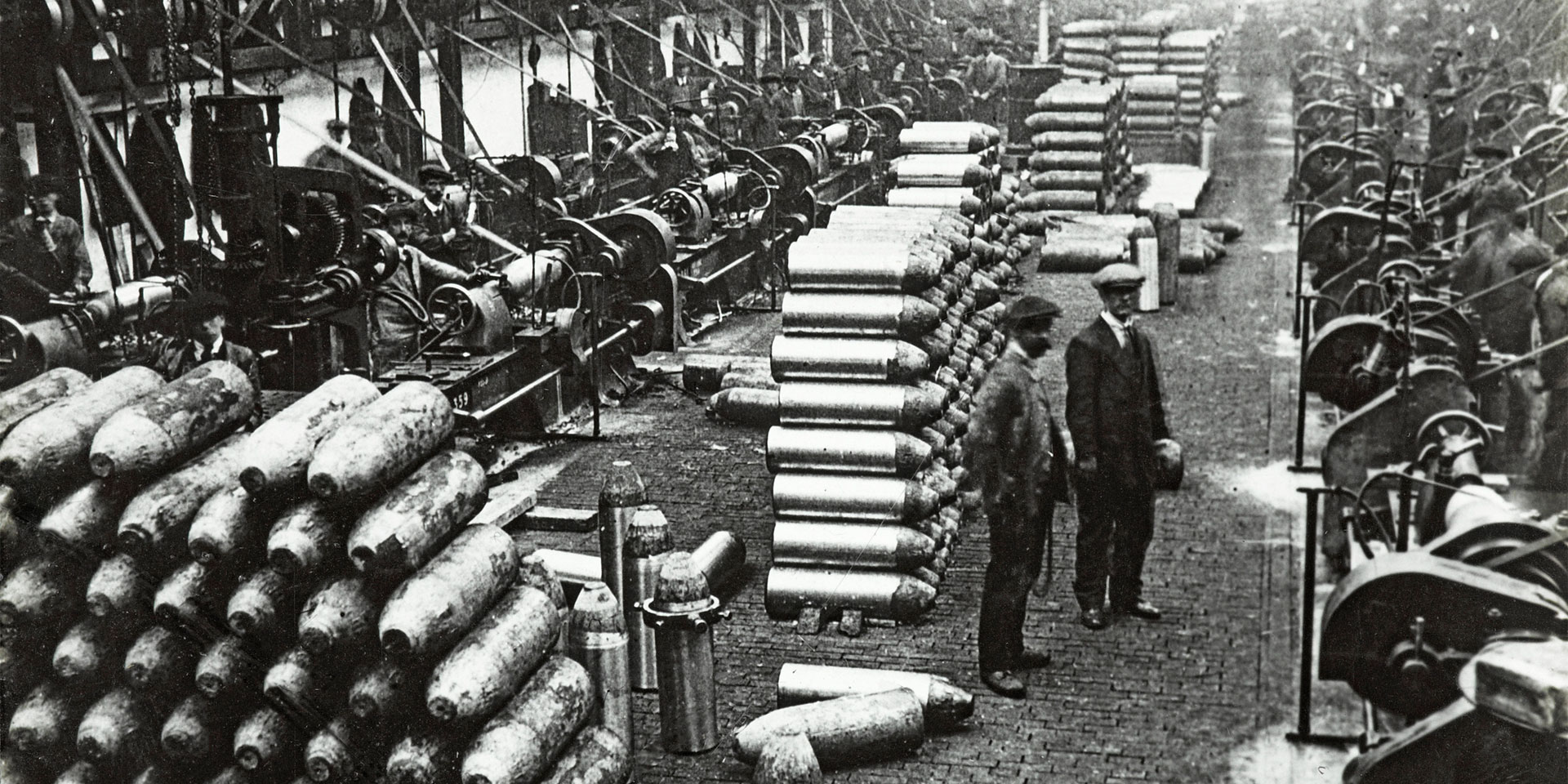 Shell production at Sir Robert Hadfield Ltd in Sheffield, 1914