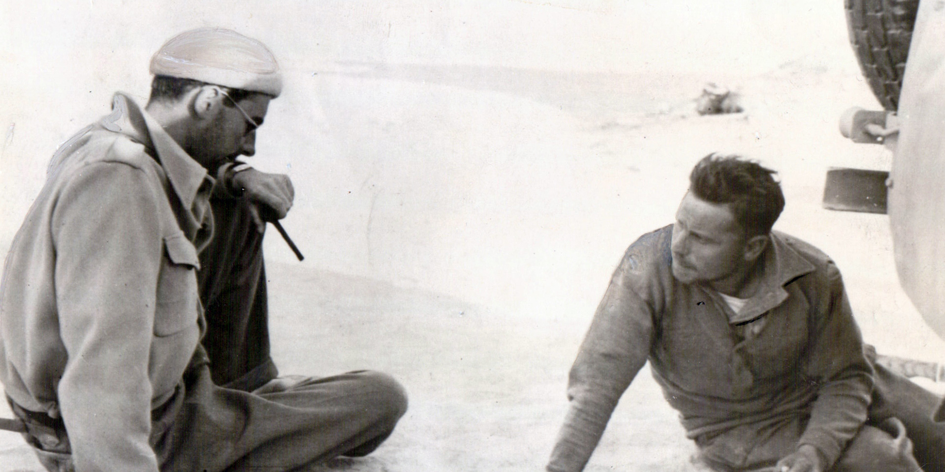 David Stirling and Jock Lewes planning a desert operation, 1941