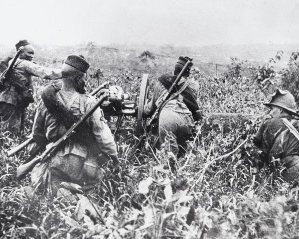 Nigerian Regiment artillery in West Africa, 1914