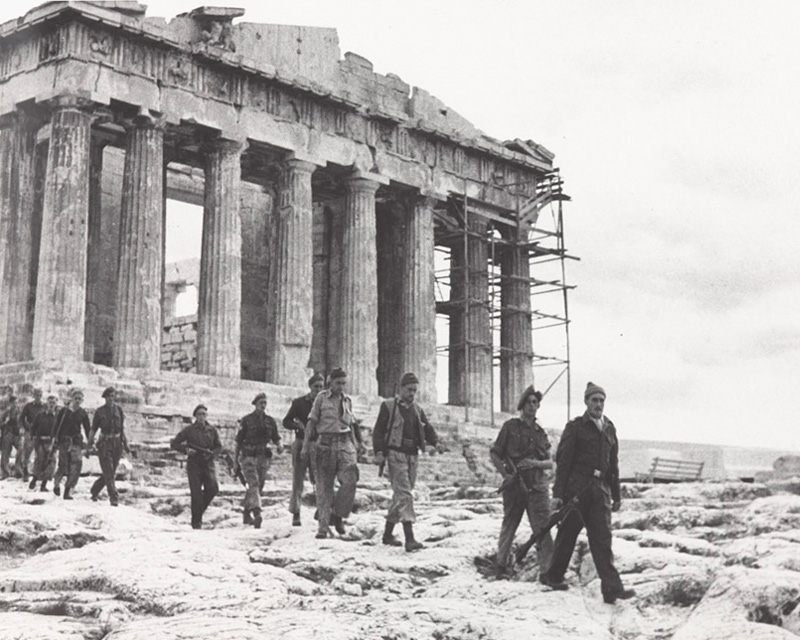 Special Boat Squadron soldiers on the Acropolis in Athens, 1944