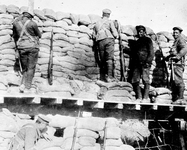 2/2nd Battalion The Royal Fusiliers (City of London Regiment) in the trenches, Gallipoli, 1915