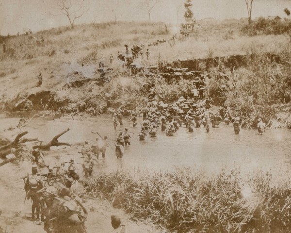 The King's African Rifles crossing a river, 1917