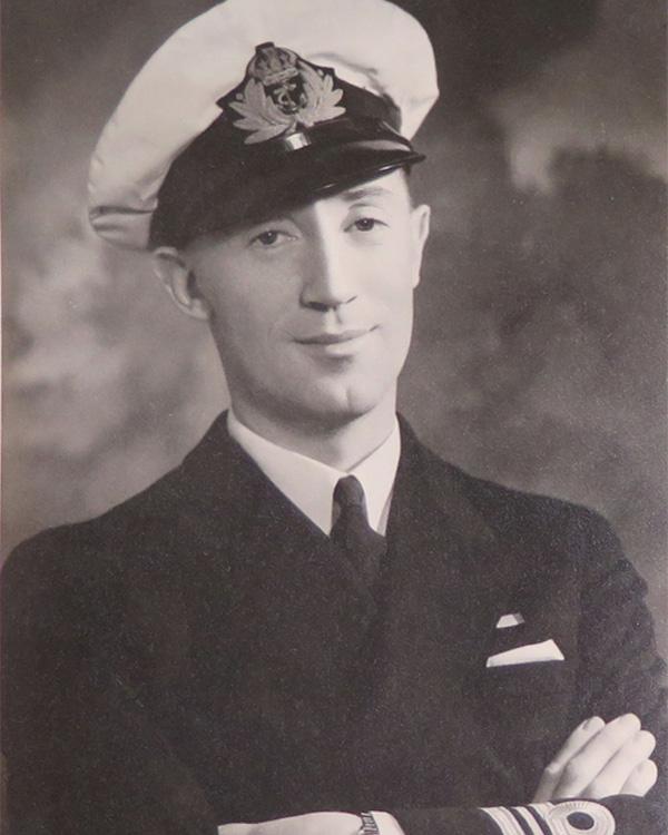 Captain Nigel Clogstoun-Willmott