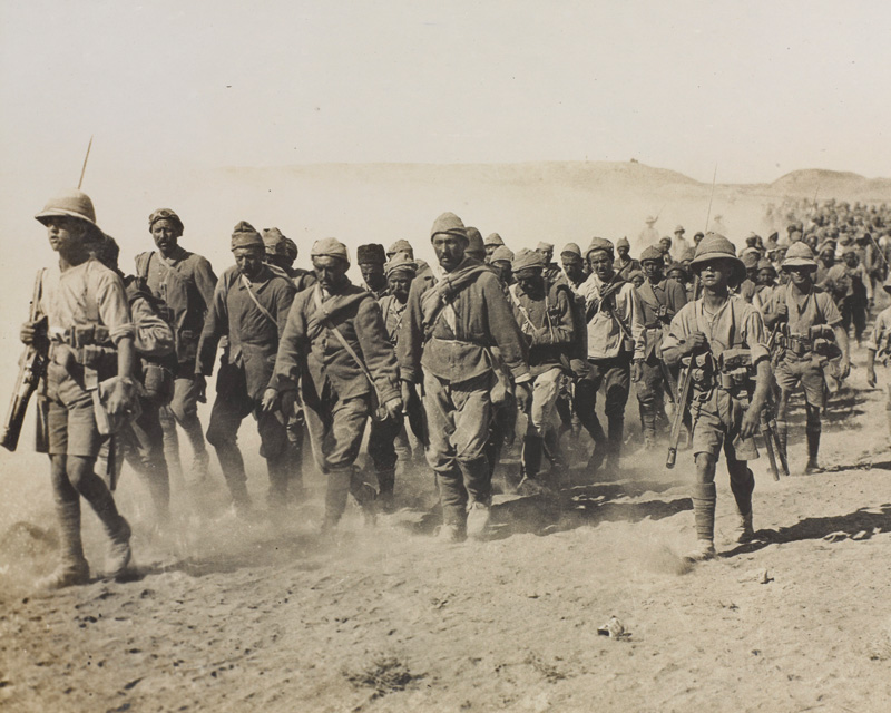 Turkish prisoners after General Brooking's victory at Ramadi, September 1917