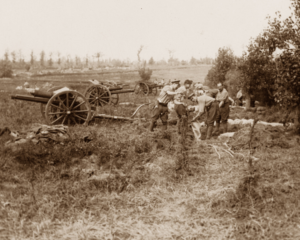Gunners dig in on captured territory during the Battle of Messines Ridge, June 1917