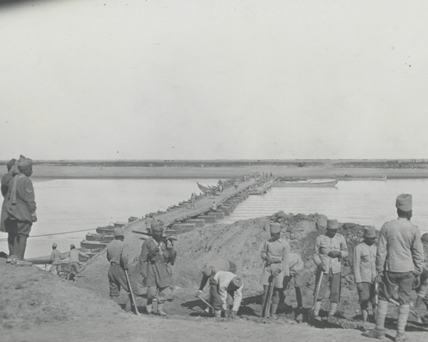 A pontoon bridge built at Hibsh during the Battle of Shaik Saad, January 1916