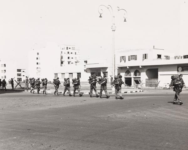 Royal Marine Commandos withdrawing from Suez, November 1956
