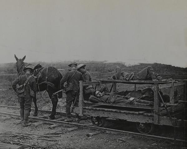Horse drawn medical rail truck, 1916