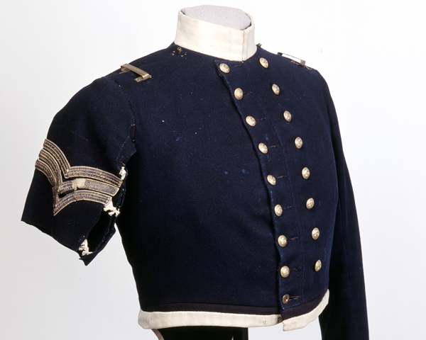 Coatee worn by Sergeant Frederick Peake, 13th (Light) Dragoons, at Balaklava, 1854
