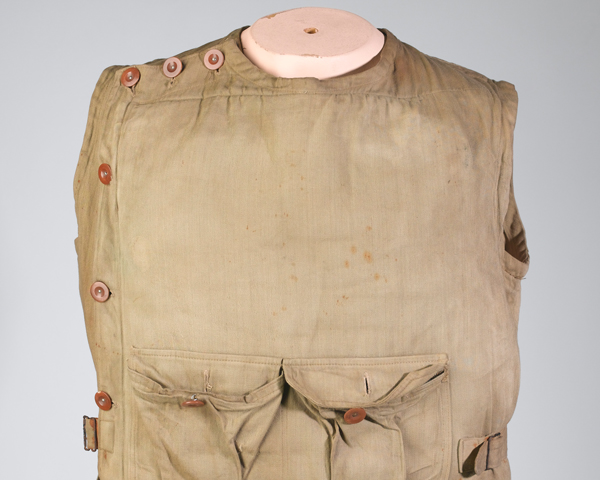 Body armour belonging to Corporal Sidney Cooper, 2nd/6th North Staffordshire (Princess of Wales's) Regiment, 1915