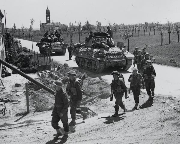The 2nd Lancashire Fusiliers with Achilles tank destroyers near Ferrara, April 1945