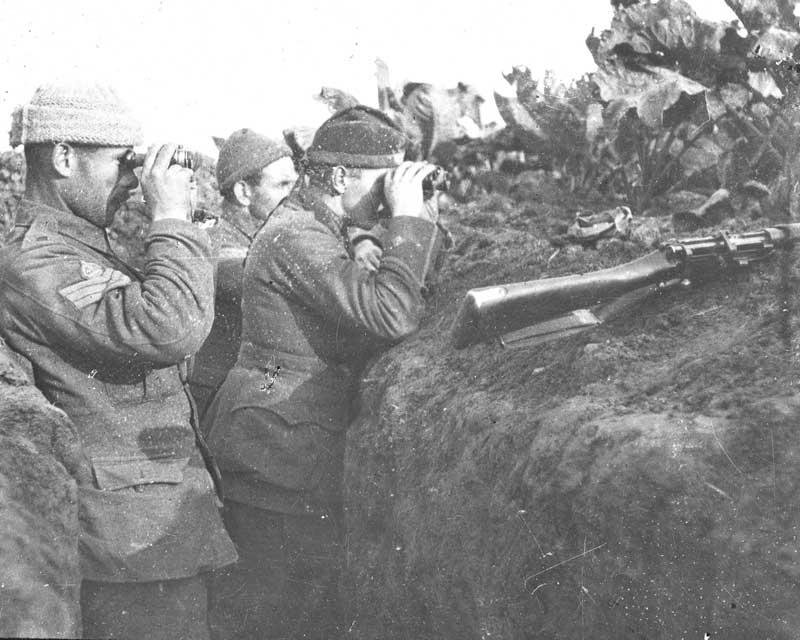 Members of the 1st Cameronians in the front line, 1914