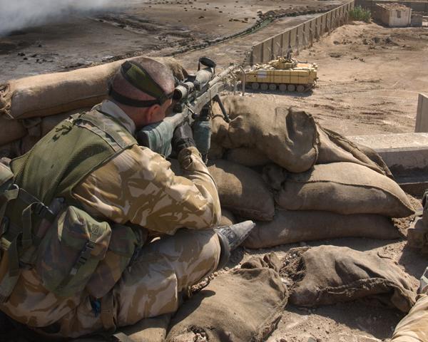 A sniper of 1st Battalion The Irish Guards, Basra, 2003