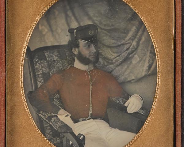 Daguerreotype of an officer of the 99th (Lanarkshire) Regiment, c1850