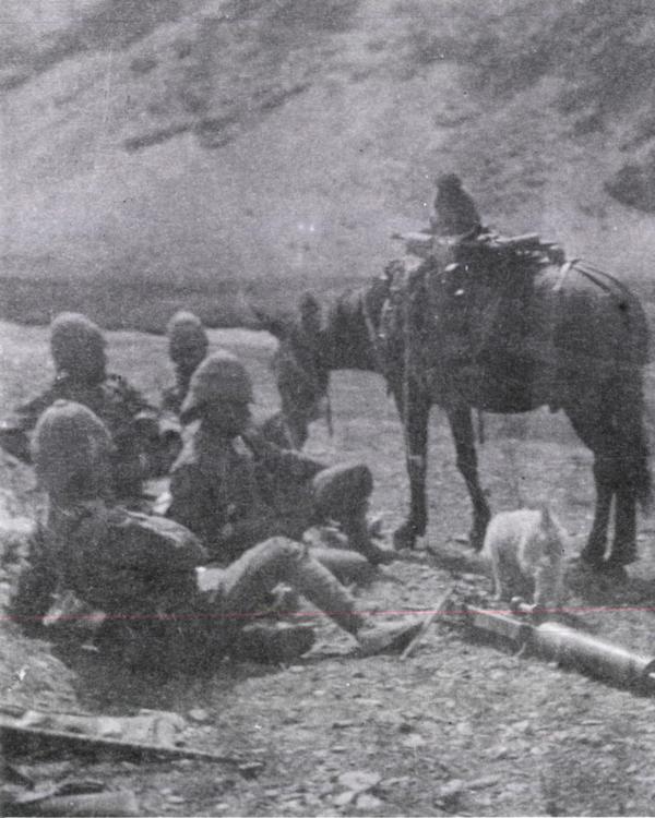 Royal Irish Rifles maxim gun detachment, Tibet, 1904