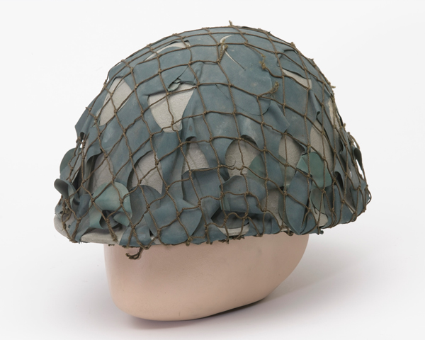 Combat helmet worn by Iraqi forces in Basra, 2003