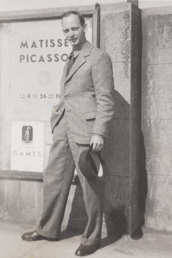 Abram Games at the Palais des Beaux-Arts, Brussels, 1946