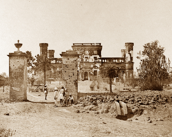 Mess house of the 32nd (Cornwall) Regiment, Lucknow, c1858