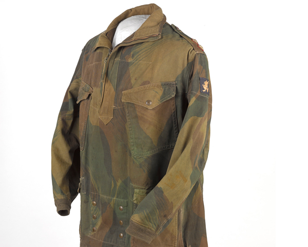 Denison smock, worn by Lieutenant Sydney Jary, 4th Battalion The Somerset Light Infantry (Prince Albert's), c1944
