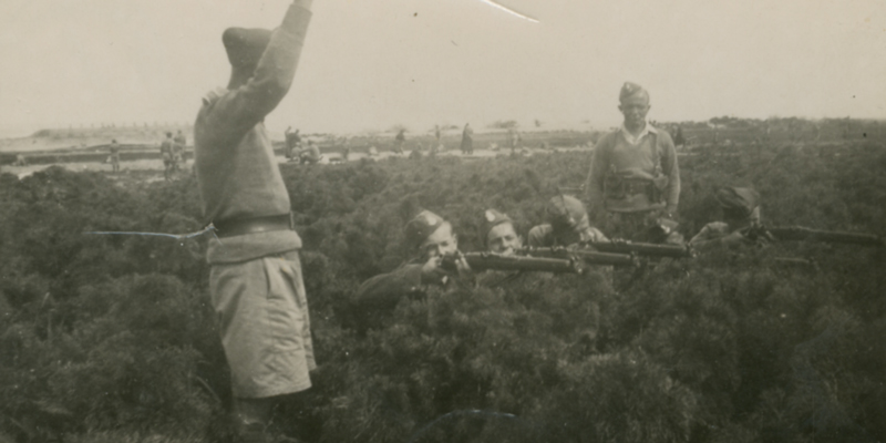 10.	Polish Independent Carpathian Rifle Brigade in combat training, 1941