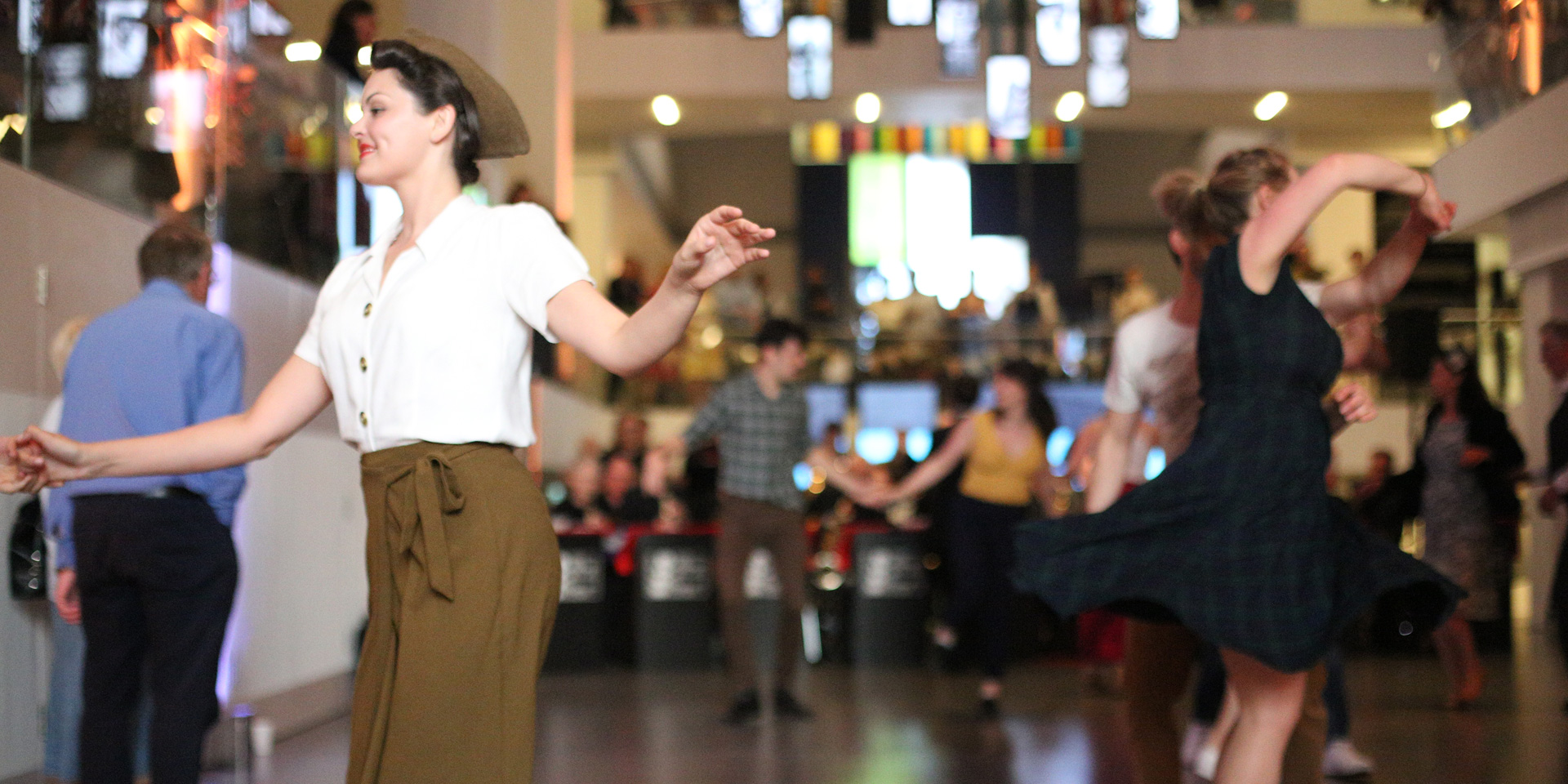 1940s-themed dance night at the National Army Museum