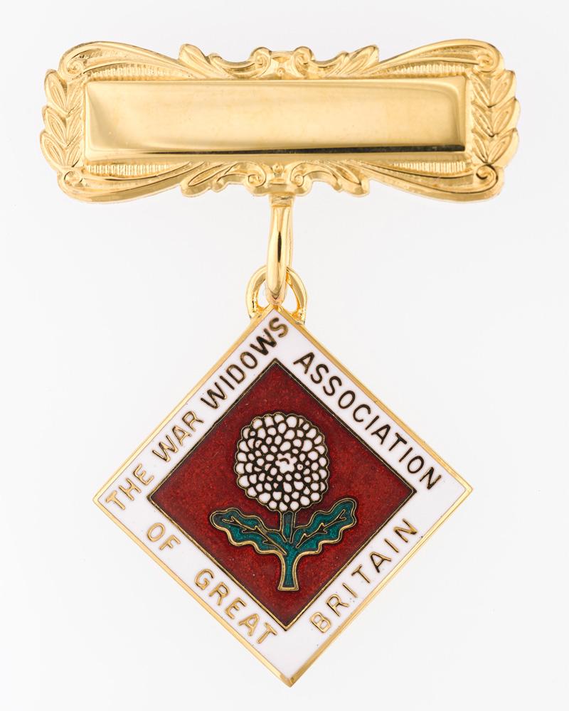 Lapel badge, War Widows' Association of Great Britain, 2018
