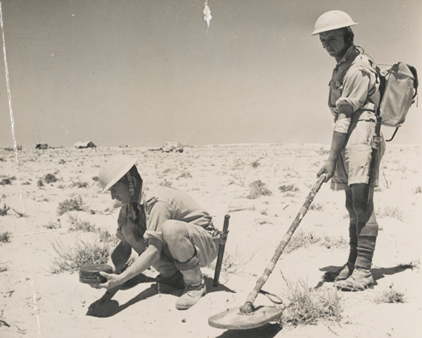 Royal Engineers with a mine detector in the Western Desert, c1942