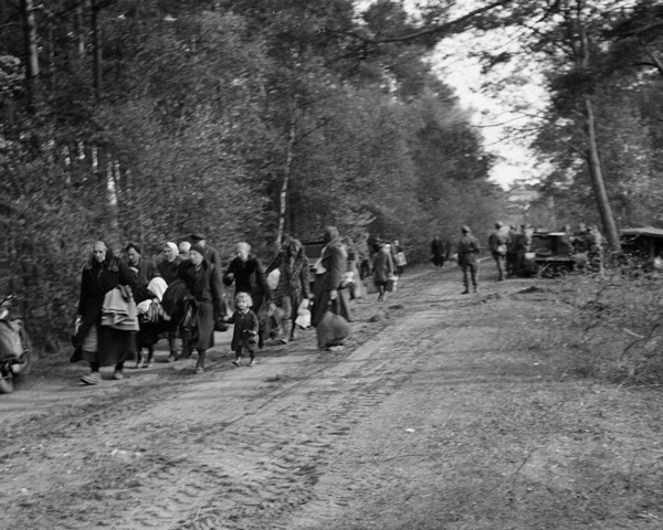 German refugees from the east arriving in the British Zone, 1945