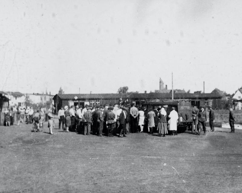 British troops visiting the Soviet DPs camp at Elmshorn, 1945