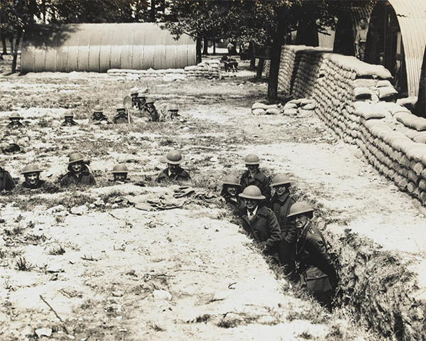 QMAAC personnel shelter in air raid protection trenches, 1918