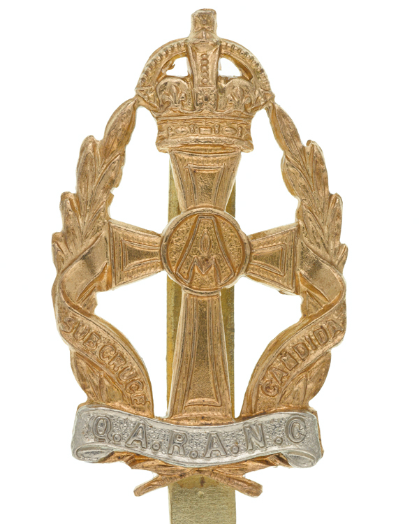 Cap badge, other ranks, Queen Alexandra's Royal Army Nursing Corps, c1950